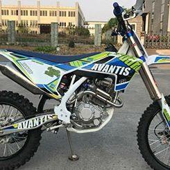 Покатушки на Avantis 250